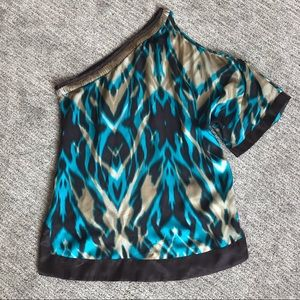 Bebe one-sided cold shoulder blouse